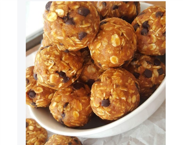 Pumpkin Chocolate Chip Energy Balls