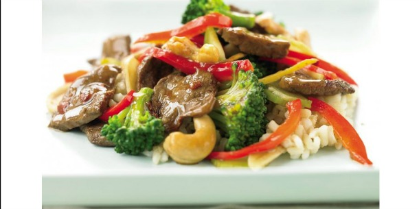Cashew Beef with Broccoli Stir-Fry